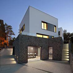 Jelenovac Residence / DVA Arhitekta