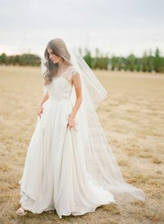 Percy Handmade's 2014 Bridal Collection | AMORA chapel length veil with blusher_01