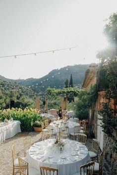 Sommer, Sonne und Rosanne & Tom's Hochzeit auf Mallorca TALI PHOTOGRAPHY http://www.hochzeitswahn.de/inspirationen/sommer-sonne-und-rosanne-toms-hochzeit-auf-mallorca/ #wedding #mallorca #marriage