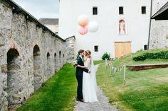 We Are Flowergirls- Flowercrown- Weddingcrown_ Headpiece-Accessoire-Handmade-Hairaccessoire- Headband Wedding Dresses, Headpiece, Handmade, Fashion, Accessories, Wedding Bride, Bride Gowns, Wedding Gowns, Hand Made
