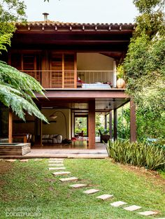 69 ideas house design exterior dream homes doors Thai House, Tropical Architecture, Architecture Design, Garden Architecture, Chalet Modern, Style At Home, Design Exterior, Modern Exterior, Wall Exterior