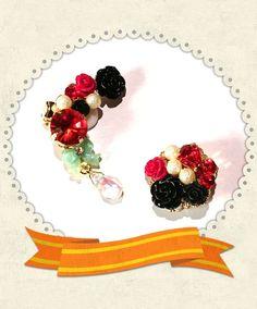 マイフェアレディのイメージは赤い薔薇、赤い口紅、黒と白のリボンです♪赤い薔薇、黒の薔薇、白いコットンパール、赤いシャムビジュー、スワロフスキーシャム、可愛いc...|ハンドメイド、手作り、手仕事品の通販・販売・購入ならCreema。