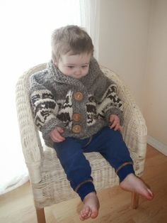 have been so excited to share this pattern with you! It is my very first sweater pattern that I designed and drafted after r. Baby Knitting Patterns, Free Knitting, Crochet Patterns, Cowichan Sweater, Toddler Cardigan, Cross Stitch Designs, Whale, Needlework, Free Pattern