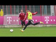 Bastian Schweinsteiger Goal - Skills and feel for the ball - FC Bayern Munich