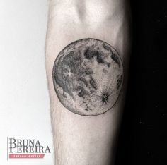 Detailed Moon Tattoo by Bruna Pereira