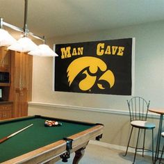 Iowa Hawkeyes 3' x 5' Man Cave Flag
