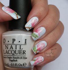 Watercolour magnolia flowers - nail design