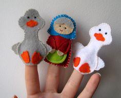 Marionnettes à doigts : Deux oies joyeuses (chanson russe)