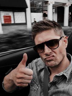Supernatural Wallpaper, Sam E, Dean Winchester, Jensen Ackles, Mens Sunglasses, Boyfriend, Netflix, Entertainment, Winchester Brothers