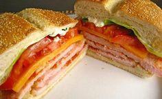 receta de sandwich de lomito canadiense y tomate