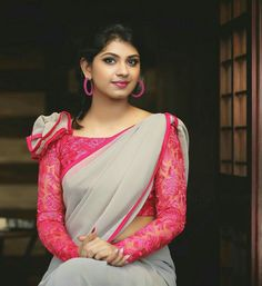 blouse designs Check out 25 cool pink blouse ideas that will inspire you to shop the best one for this season. You can mix and match these with any of your sarees. Blouse Back Neck Designs, Sari Blouse Designs, Saree Blouse Patterns, Fancy Blouse Designs, Designer Blouse Patterns, Bridal Blouse Designs, Dress Designs, Blouse Designs Catalogue, Stylish Blouse Design
