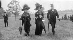 Black Ascot 1910