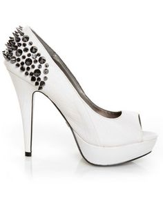 Heels- LOVE, but i would die in these!