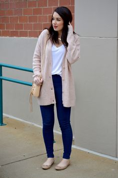 Rosy Outlook: Coziest Blush Cardi + New Video! Casual Dresses, Casual Outfits, Fashion Outfits, Womens Fashion, Emo Outfits, Work Outfits, Cute Fall Outfits, Simple Outfits, Summer Outfits