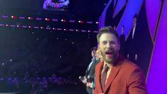 Chris Evans loves the avengers music. Marvel Avengers Movies, Avengers Cast, Marvel Actors, Disney Marvel, Marvel Fan, Marvel Heroes, Marvel Characters, Marvel Comics, Funny Marvel Memes