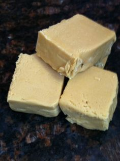 VANILLA FUDGE Brown sugar at it's BEST.  Everyone loves this sweet, creamy classic flavor. Made with a mixture of pure cream and vanilla, a mouth watering delicacy !