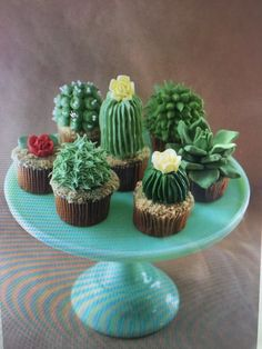 Awesome cactus cupcakes!