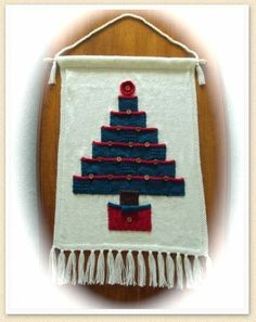 Free knitting pattern for Advent Calendar and more holiday decoration knitting patterns