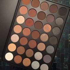 Morphe 35K http://morphebrushes.com/collections/pro-makeup-palettes/products/35k-35-color-koffee-eyeshadow-palette