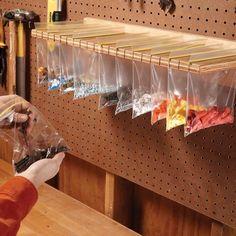 Sandwich Bag Parts Organizer Diy Storage Shelves, Door Storage, Wire Shelving, Craft Storage, Kitchen Storage, Storage Spaces, Storage Ideas, Bike Storage, Jewelry Storage