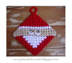 "There is an option on the right border to translate the site.~""FALANDO DE CROCHET"": PEGADOR DE PANELA EM CROCHE PAPAI NOEL"
