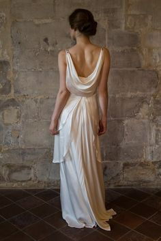 V neck silk satin wedding dress with draped low back - Robe Gabrielle
