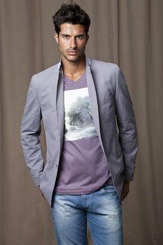 97b67bf74d0d1 Como Usar Blazer Com Camiseta em Looks Masculinos