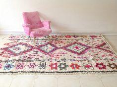 AZILAL10'2 x 6'3 . Tapis marocain vintage. par theboucherouiteshop