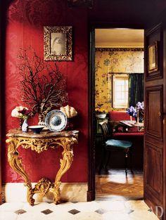 Today's post is a very special tour of the Parisian apartment of Studio Peregalli's creative half, Laura Sartori Rimini. Parisian Apartment, Paris Apartments, Foyers, Red Rooms, French Interior, Nordic Interior, Interior Decorating, Interior Design, Red Walls