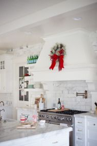 Home for the Holidays with Rachel Parcell - Style Me Pretty Living
