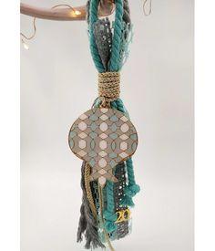 Γούρι Be Festive Lucky Charm, Plant Hanger, Macrame, Charmed, Christmas Ornaments, Beads, Creative, Diy, Handmade