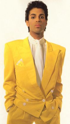 Nobody wears a suit like Prince.