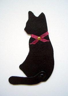 ご覧頂きまして誠に有難うございます☆ 主に小鳥の革小物作品を制作しております、 レザーアート工房GreatMountainです☆ こちらはハンドメイドの黒猫の...|ハンドメイド、手作り、手仕事品の通販・販売・購入ならCreema。