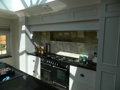 Charlottes Kitchen (painted) Photo 6