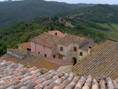 #the village of Micciano, #forest bathing #Micciano #Toscana