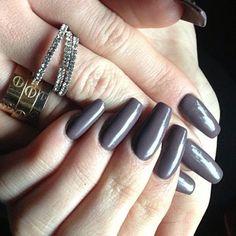 unghie-grigio-scuro.jpg (500×500)