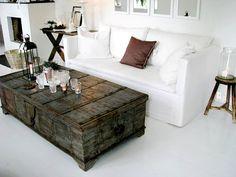 Puede que a una estancia de tu casa le esté faltando un mueble, alguna pieza para completar la decoración, porqué no apostar a piezas recuperadas, y darles u