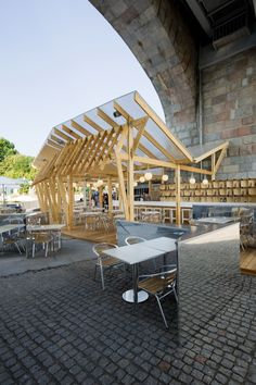 Olive Beach / Wowhaus Architecture Bureau