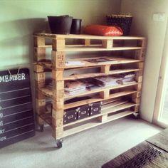 #ontwerp door #pulsdesign #kast #recyclen #pallets #interieur #robuust #interior #living #hout #stoer