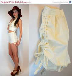 On Sale // Cream GAUZE High Waisted Shorts. Vintage 70s 100% Cotton Fringed Crochet Festival Hot Pants. Ethnic Bohemian boho Hippie. Extra S