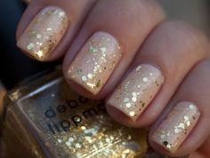 Glitter Acrylic Nails http://www.naildesignspro.com/glitter-nail-designs/