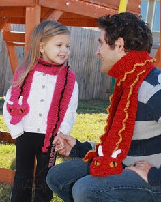 Crochet this cute dragon scarf with Lion Brand Heartland or Vanna's Choice! Makes a great gift for kids or adults - find the pattern by BriAbby on Ravelry.