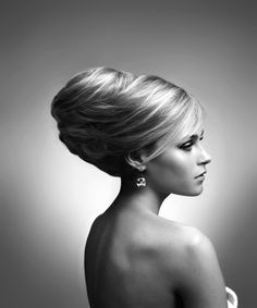 © Alexandre de Paris Chignon Bun, Beehive Hair, Glamour, Pretty Good, Updos, Short Hair Styles, Wedding Inspiration, Photoshop, Elegant
