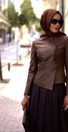 A l'approche de l'Aïd, voici quelques tenues pour vous donner des idées, vous inspirer pour être la plus jolie avec votre hijab en ce jour si spéciale...