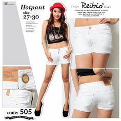 White hotpant 27-30