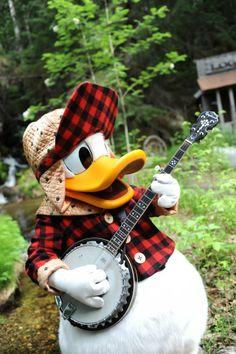 Donald playing the banjo in Alaska