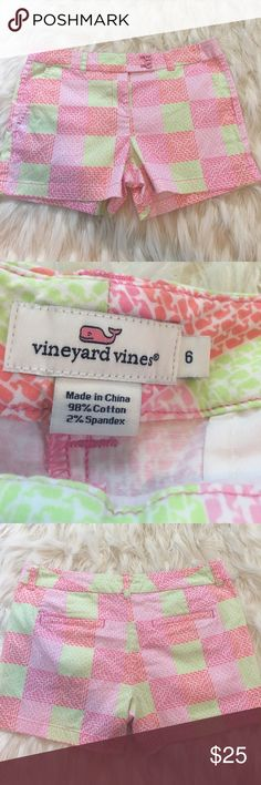 Vineyard Vines Whale Print Shorts Very good used condition whale print colorful shorts. Super cute! No trades or modeling. Vineyard Vines Shorts
