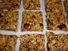 Yummm dates 'n' sesame bars!! Very delicious and highly nutritious sweet made with all natural stuff!