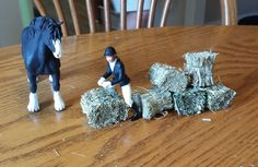 How to make Realistic Schleich Hay Bales.