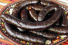 Delikatna, sycąca, pełna smaku ukraińska kaszanka w moim wykonaniu. Przepis z użyciem kaszy gryczanej i ziemniaków z dużą porcją skwarek i cebuli. Kielbasa, Retro Recipes, Korean Food, Wooden Jewelry Boxes, Sausage, Food And Drink, Appetizers, Dishes, Meat